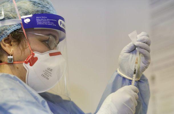 Argeș: Prefectul roagă cetățenii să acorde prioritate la vaccinare bătrânilor și persoanelor cu boli cronice